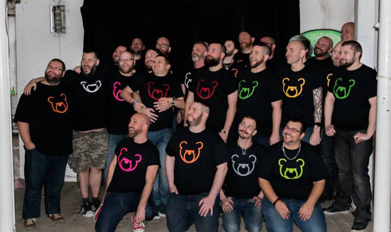 Moodybear logo tshirt group